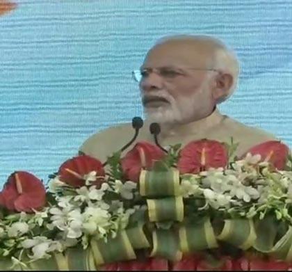ભરૂચઃ PM મોદીએ નર્મદા નદી પર ભાડભૂત બેરેજનો શિલાન્યાસ કર્યો