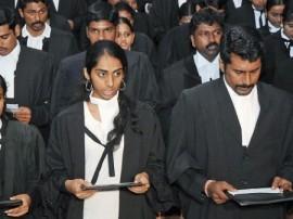 ગુજરાતના 3000 વકીલોને પ્રેક્ટિસ કરવા પર લગાવાયો પ્રતિબંધ? જાણો શું છે કારણ