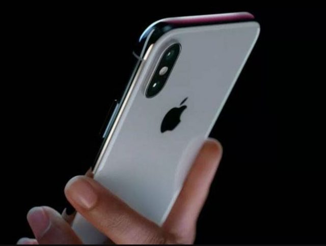 11-apple iphone x goes out of stock within half an hour of pre sale booking on flipkart