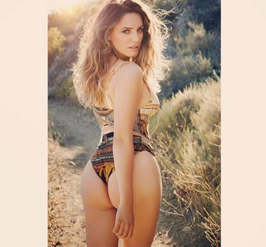 3-scientists claims kelly brook worlds most perfect woman see her photos