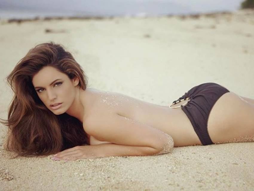 5-scientists claims kelly brook worlds most perfect woman see her photos