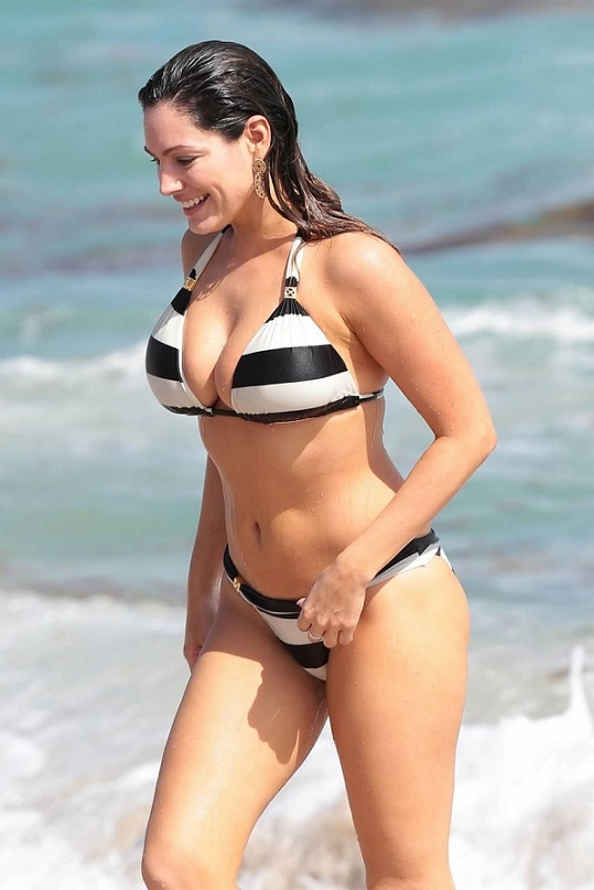 2-kelly brook