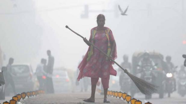 1-rahul gandhi slams pm narendra modi over delhi pollution poetry