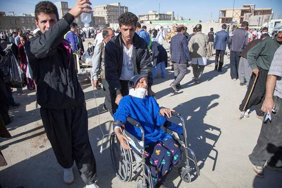 9-pictures of deadliest earthquake of 2017 iran and iraq face huge damage