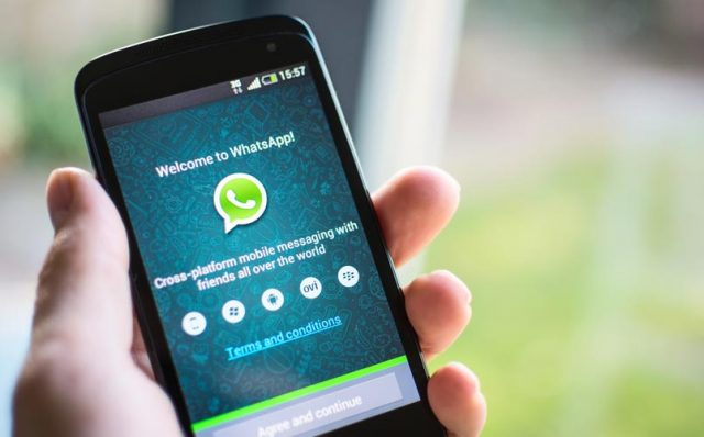2-whatsapp messenger introduces live location sharing features for its user