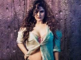 દિલ્હીમાં ભીડની વચ્ચે છેડતીનો શિકાર બની આ હોટ અભિનેત્રી