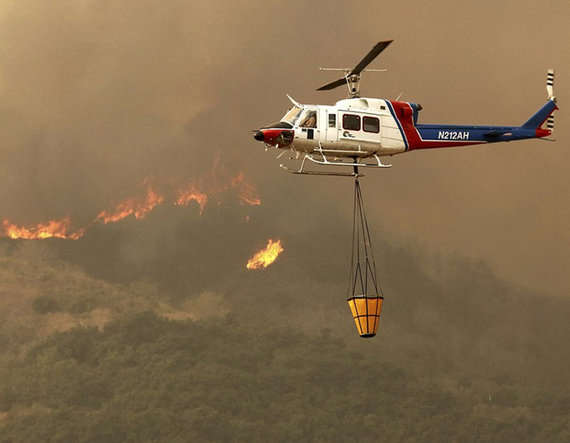 9-california wild fire enters the heart of los angeles in the united states