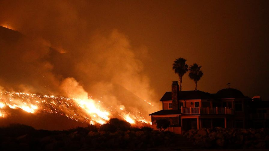 12-California Fires Enter the Heart of Los Angeles