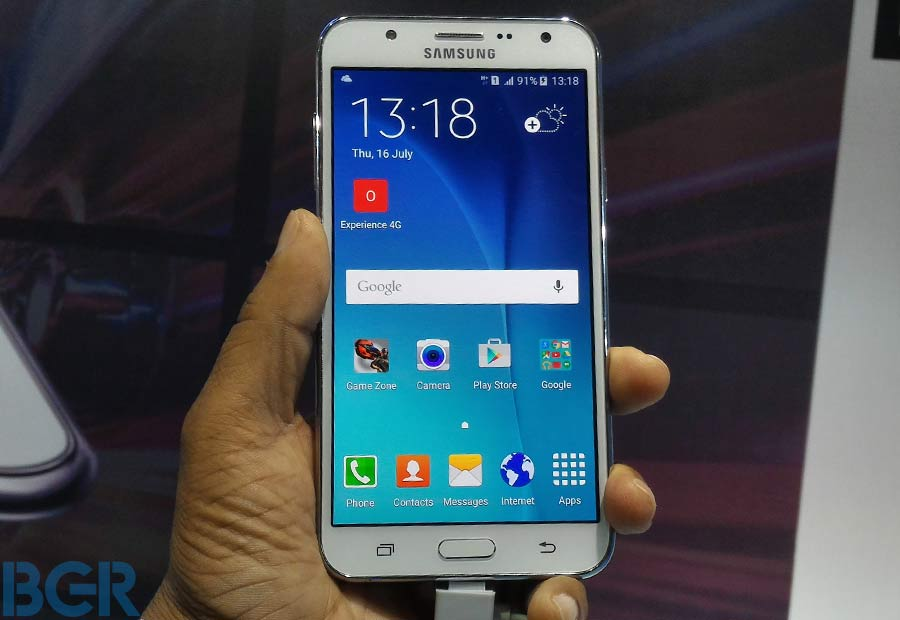 2-gadgets amazon first ever happy hour sale heavy discount on samsung mobiles