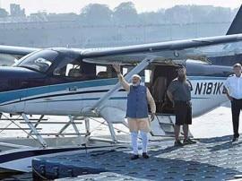 અમદાવાદ: PM નરેન્દ્ર મોદીને સી-પ્લેનની સફર કરાવનાર વિદેશી પાયલટે શું કહ્યું, જાણો વિગતે