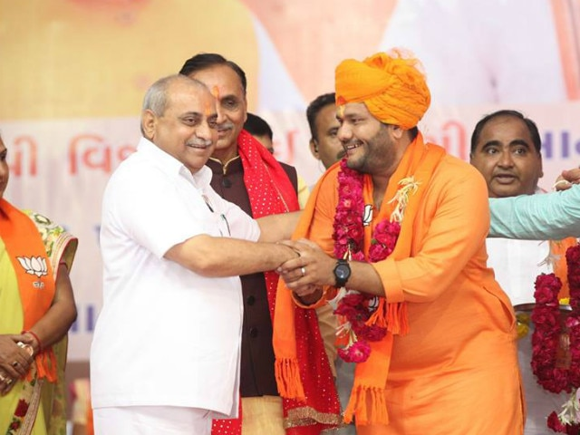 3-Gujarat Assembly Elections only 2 candidate win who left congress to join bjp