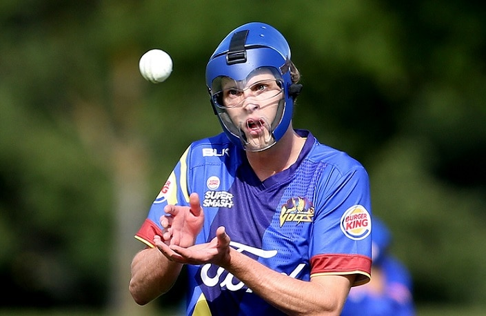 3-otago pace bowler warren barnes bowling in his protective helmet see video