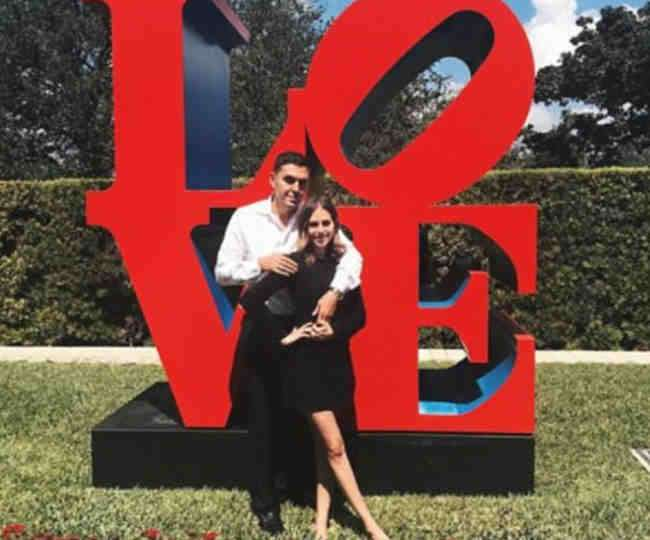 3-oddnews alexa dell got 3 million dollars engagement ring from fiance harrison refoua