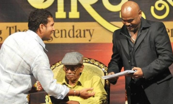 4-kambli credits sachin for bringing him back on field