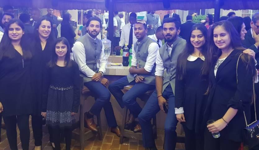 3-indvsa virat kohli and team visit india house in johannesburg