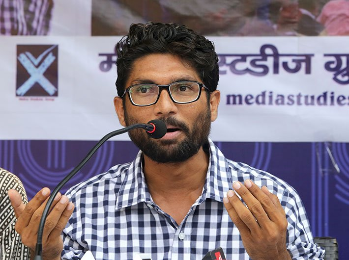 1-gujarat-elections-dalit-leader-jignesh-mevani-will-fight-as-independent-candidate1