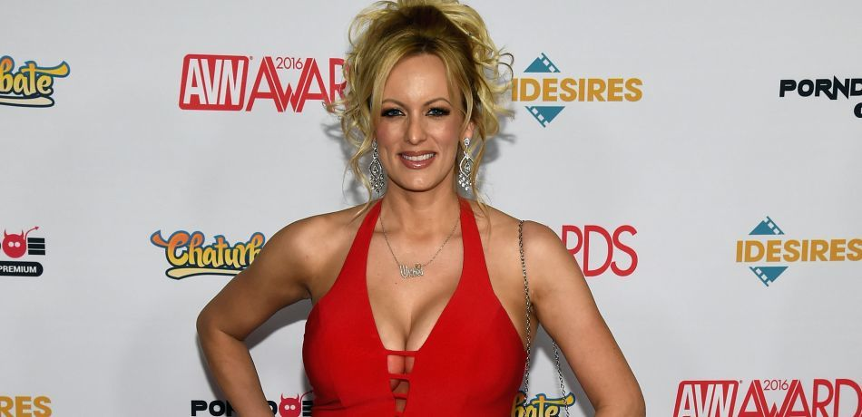 5-Trump's lawyer arranged $130,000 payment to porn star to keep her quiet about alleged sexual encounter