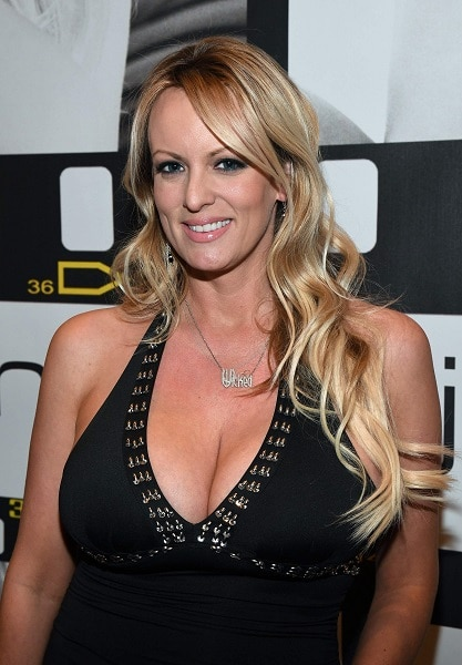 7-Trump's lawyer arranged $130,000 payment to porn star to keep her quiet about alleged sexual encounter