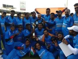 બ્લાઈન્ડ ક્રિકેટ વર્લ્ડ કપ: પાકિસ્તાનને હરાવી ભારત સતત બીજી વખત બન્યું વિશ્વ ચેમ્પિયન