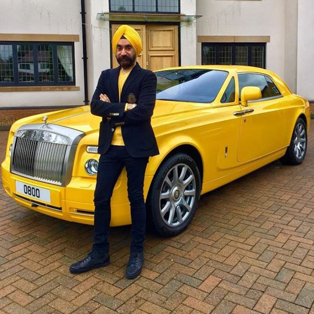 1-to win challange sikh billionaire ruben singh matches his turbans to his rolls royces