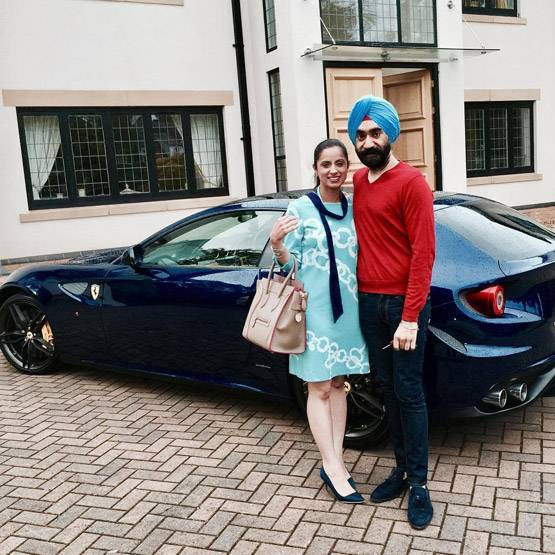 8-to win challange sikh billionaire ruben singh matches his turbans to his rolls royces