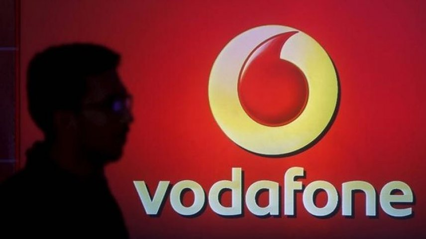 1-vodafone chota champion plan get voice call and data for 38rs