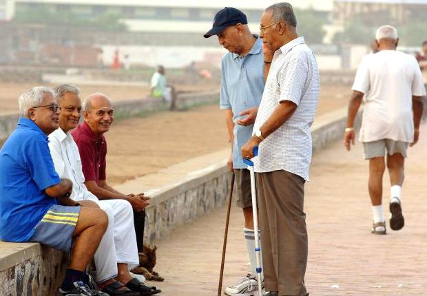 4-union budget 2018 arun jaitley didnt changed income tax slabs but some ease to senior citizens