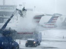 અમેરિકામાં બરફનું વાવાઝોડું, 1000 ફ્લાઇટ્સ રદ, 23 કરોડ લોકો અસરગ્રસ્ત