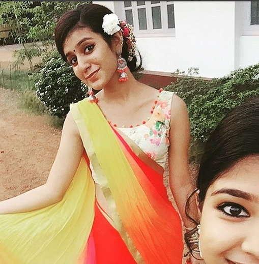 5-looked actress priya prakash warrier without makeup