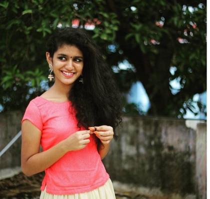 16-looked actress priya prakash warrier without makeup