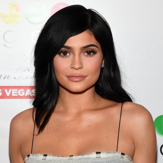3-Reality TV star Kylie Jenner holds the record for the highest celebrity with 806K followers in a single day.
