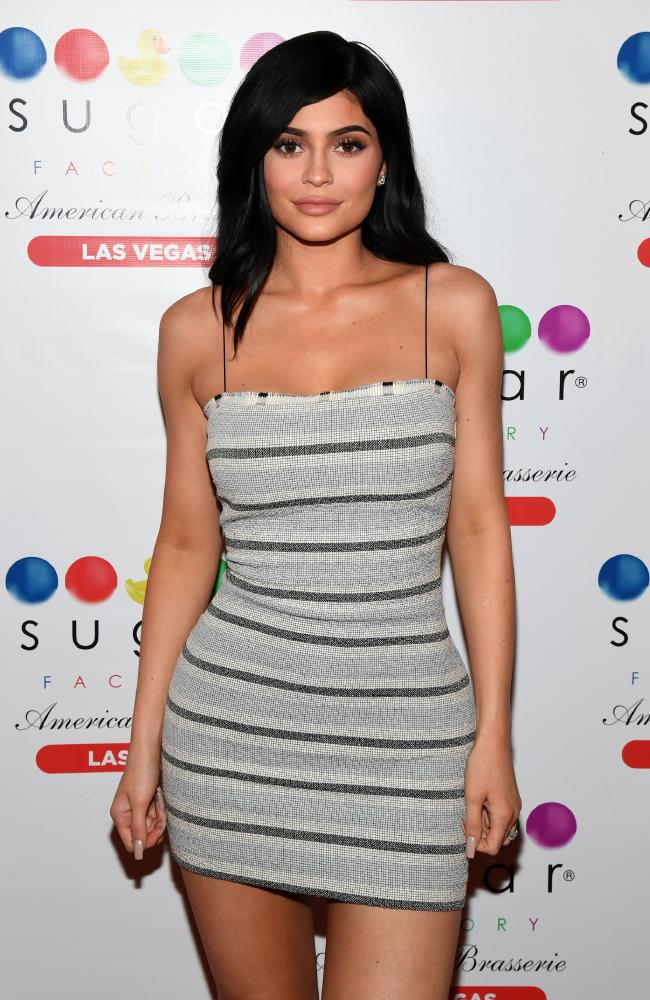 5-Reality TV star Kylie Jenner holds the record for the highest celebrity with 806K followers in a single day.
