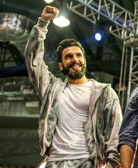 2-ranveer singh rejects rs 2 crore offer for wedding appearance