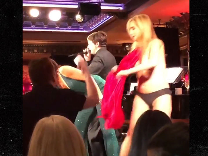 5-sonja-morgan-suffers-wardrobe-malfunction-while-singing-with-luann-de-lesseps