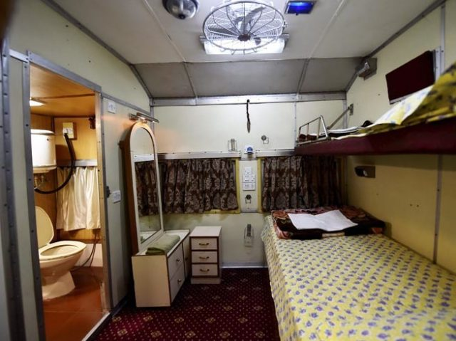 4-indian-railway-opens-its-vip-saloon-services-for-common-passengers