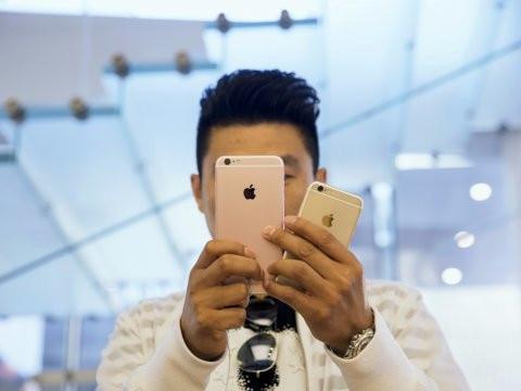 iPhones-04