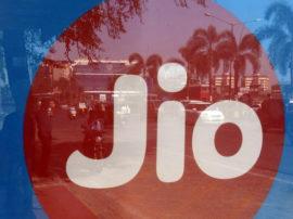 Reliance Jio ક્રિકેટ સિઝન પેકમાં મળી રહ્યો છે માત્ર 251 રૂ.માં 102GB ડેટા અને જીતો કરોડોનું ઇનામ