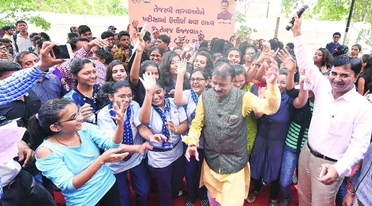 3-Free-Higher-Education-for-Girls-in-granted-school-in-Gujarat