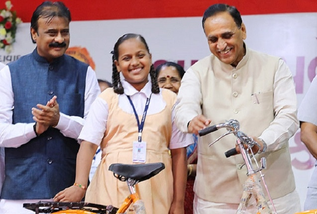 4-Free-Higher-Education-for-Girls-in-granted-school-in-Gujarat