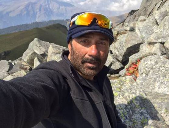 7-sunny-deol-to-appear-in-a-comedy-film-bhaiyyaji-superhit