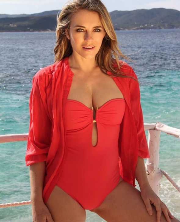 11-Elizabeth-Hurley-sparks-meltdown-in-boob-baring-cut-out-swimsuit