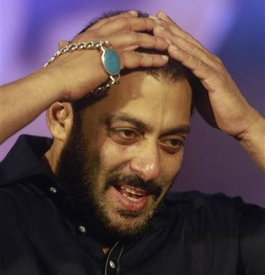 SC issues notice to Salman Khan in accident case