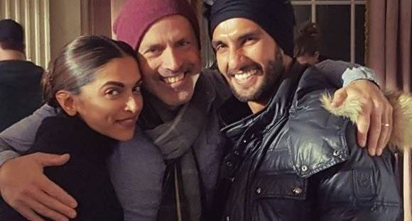 'Cool dude' Ranveer visits Deepika on 'xXx 3' sets