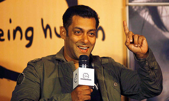 SC seeks Salman's reply on Maharashtra government's appeal in hit-and-run case