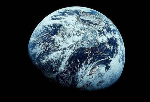 Among 700 million trillion planets in our known universe, Earth is special