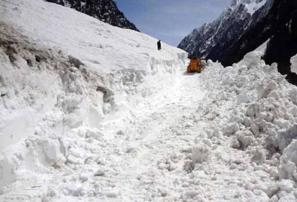 Kargil avalanche: Mortal remains of missing soldier recovered