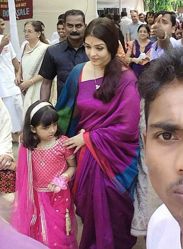 SEE PICS: Aishwarya Rai & daughter Aaradhya Bachchan's ...
