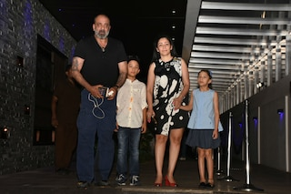Sanjay Dutt, wife Maanayata enjoy DINNER DATE with their