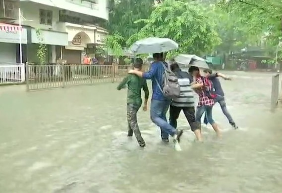 IN PICS: Heavy Rains Lash Mumbai For Second Consecutive Day