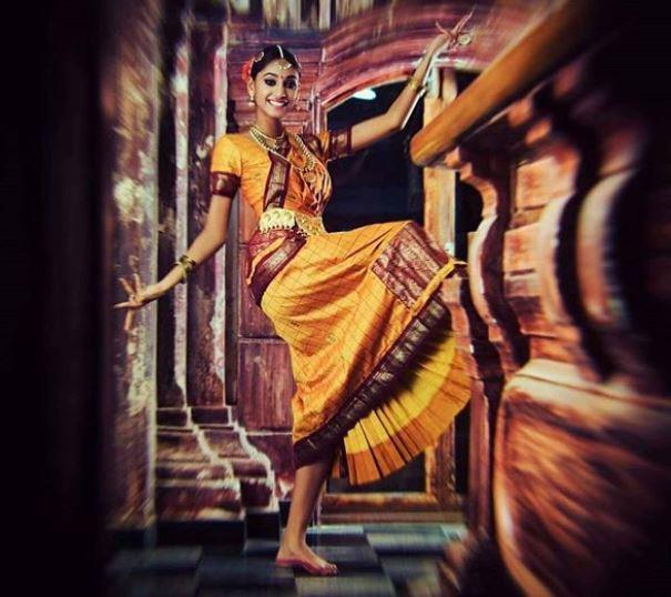 Miss World 2018: मानुषी छिल्लर आज दुनिया की नई विश्व सुंदरी को पहनाएंगी क्राउन, भारत की अनुकृति वास हैं दावेदार